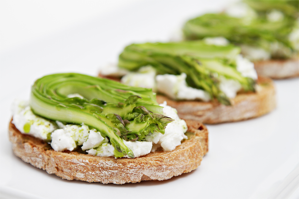 Bruschetta with Goat Cheese with Shaved Asparagus