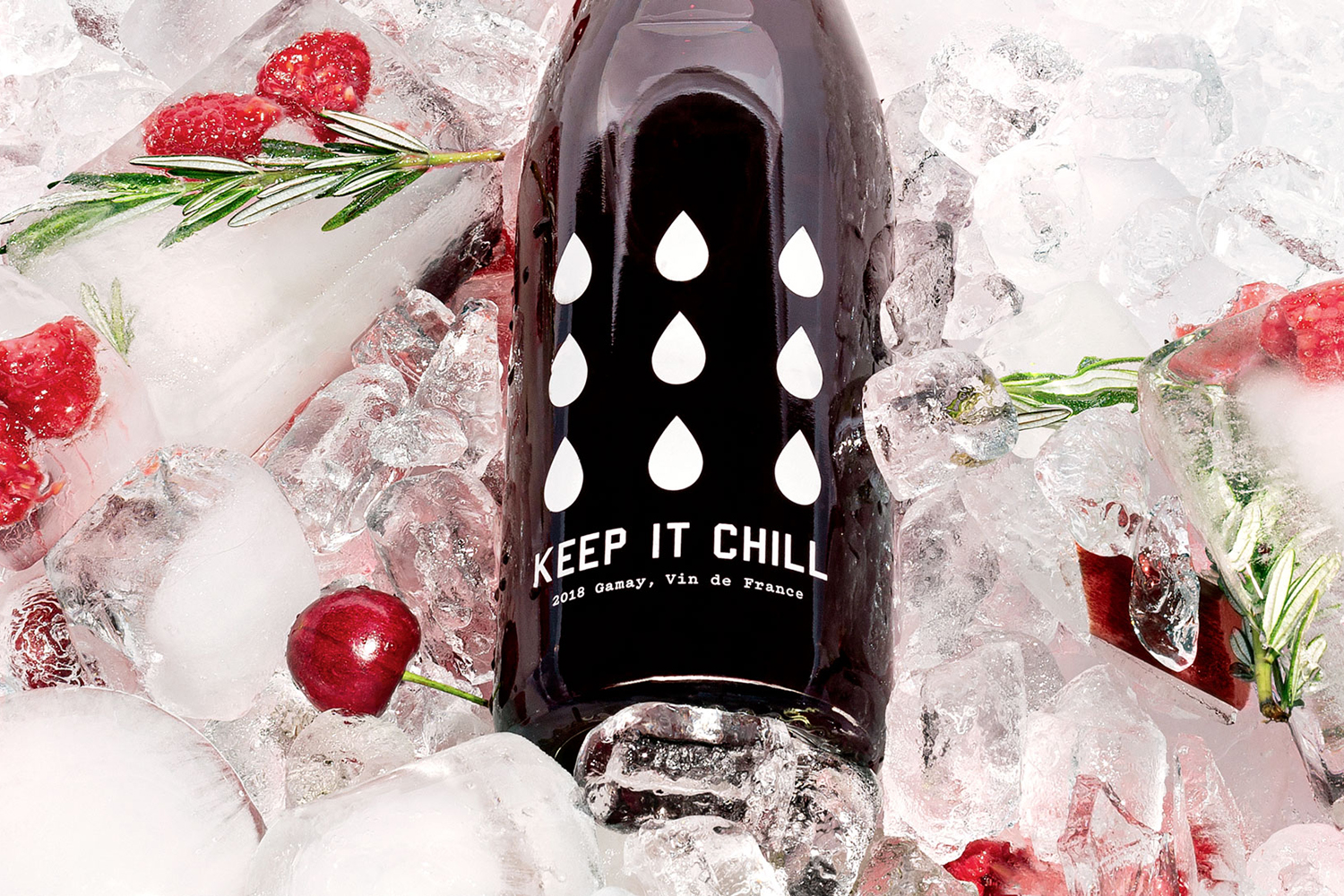 3 Quick & Unexpected Ways To Chill Your Wine