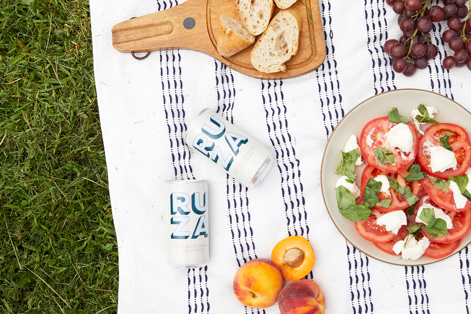 Winc's Go-To Summer Entertaining Tips