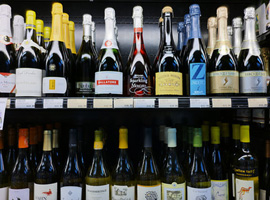 How A Pro Tackles Shopping For Wine